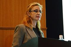 Dr. Esther Ruiz de Castaneda